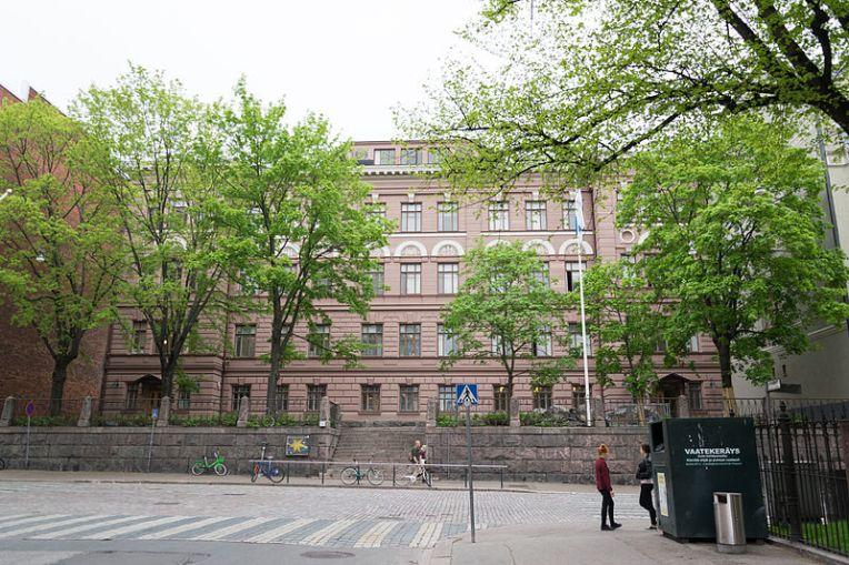 Sibelius-lukio Liisankadulla. (Kuva lainattu osoitteesta http://commons.wikimedia.org/wiki/File:Sibelius_lukio.jpg)