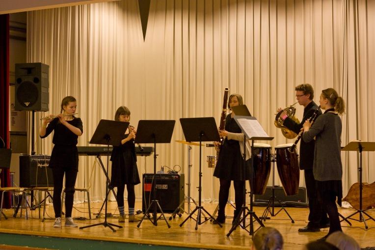 Koulukonsertti Puolanmäen koulussa.