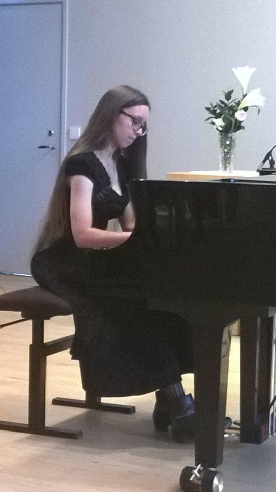 Sophia Chambon, piano